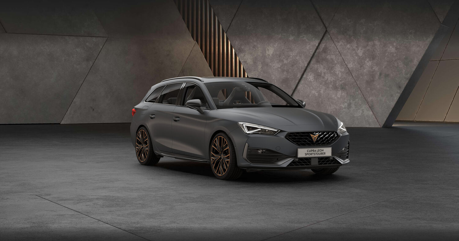 Cupra Leon Kombi in Magnetic Grey Matt