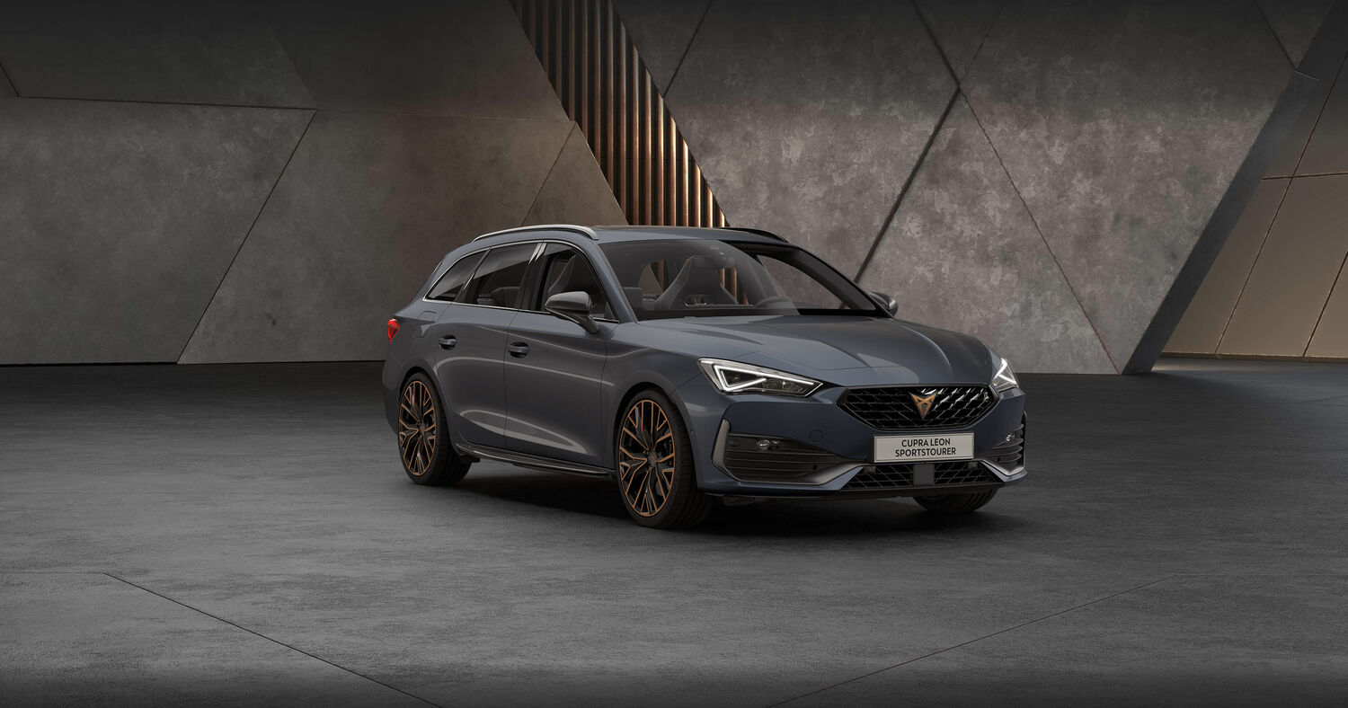 Cupra Leon Kombi in Magnetic Grey