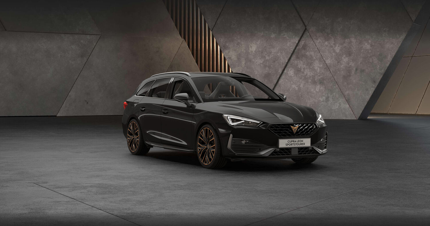 Cupra Leon Kombi in Midnight Black